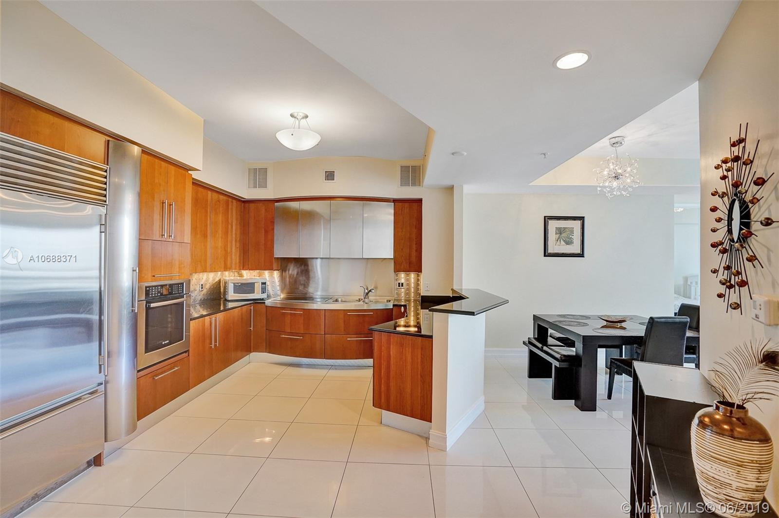 18101 Collins Ave #808 photo014