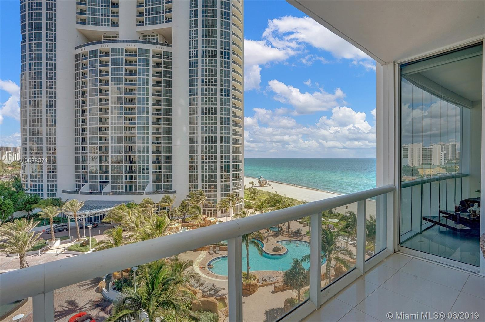 18101 Collins Ave #808 photo018