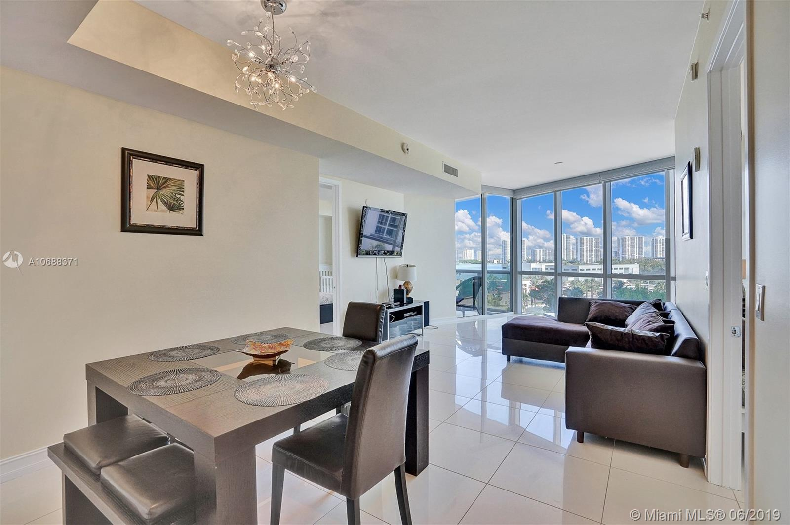 18101 Collins Ave #808 photo04