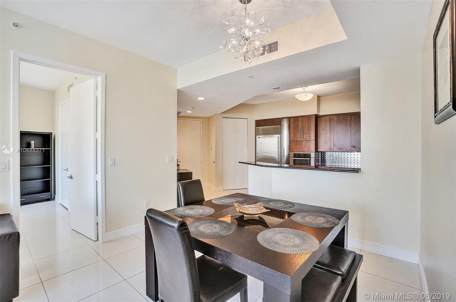 18101 Collins Ave #808 photo08
