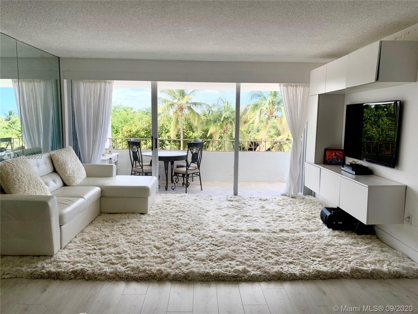 Commodore Club East #302 - 177 Ocean Lane Dr #302, Key Biscayne, FL 33149