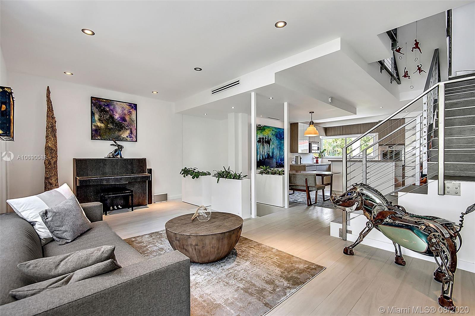 Property 1024 Lenox Ave #5 image 1