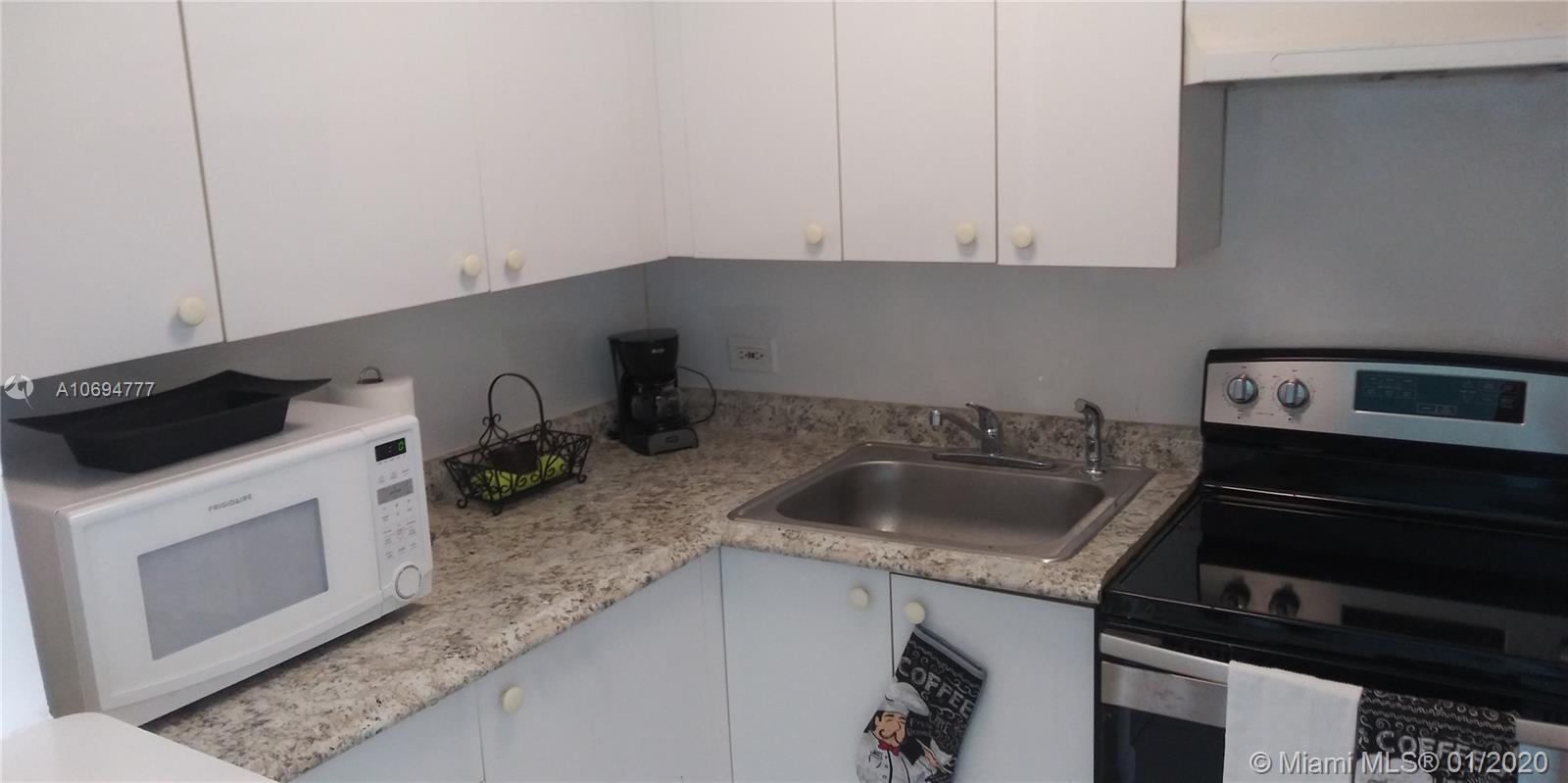 Property 7904 West Dr #406 image 7