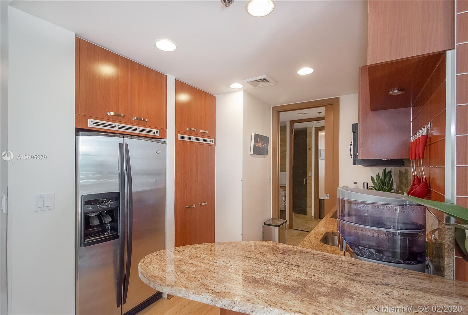 Property 1395 Brickell Ave #2712 image 1