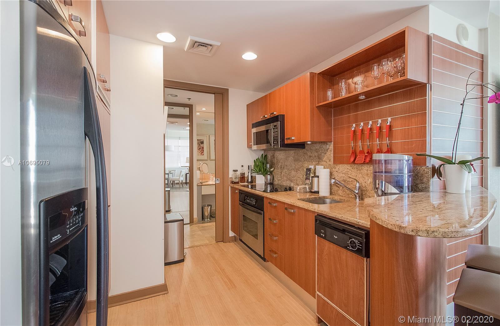 Property 1395 Brickell Ave #2712 image 0