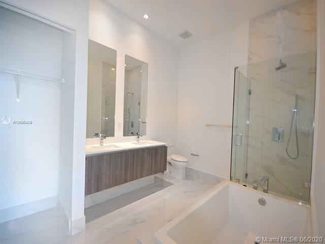 801 S Miami Ave, Miami, Florida 33131, 3 Bedrooms Bedrooms, 2 Rooms Rooms,4 BathroomsBathrooms,Residential,For Sale,801 S Miami Ave,A10696409