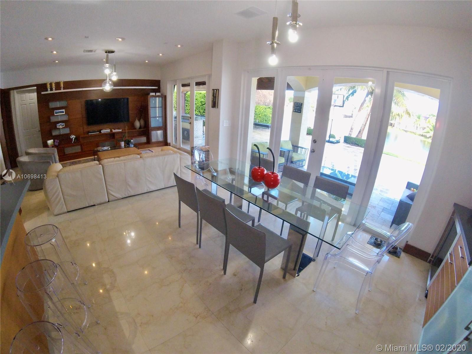 Photo - 7031 NW 113th Ct, Doral FL 33178