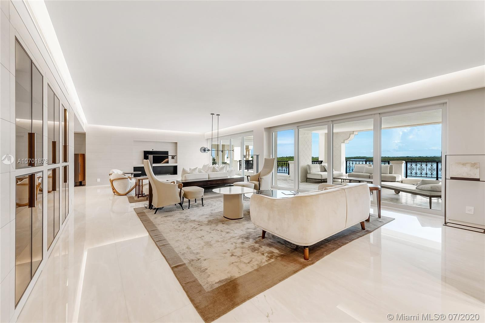 5292 Fisher Island Dr #5292 photo04