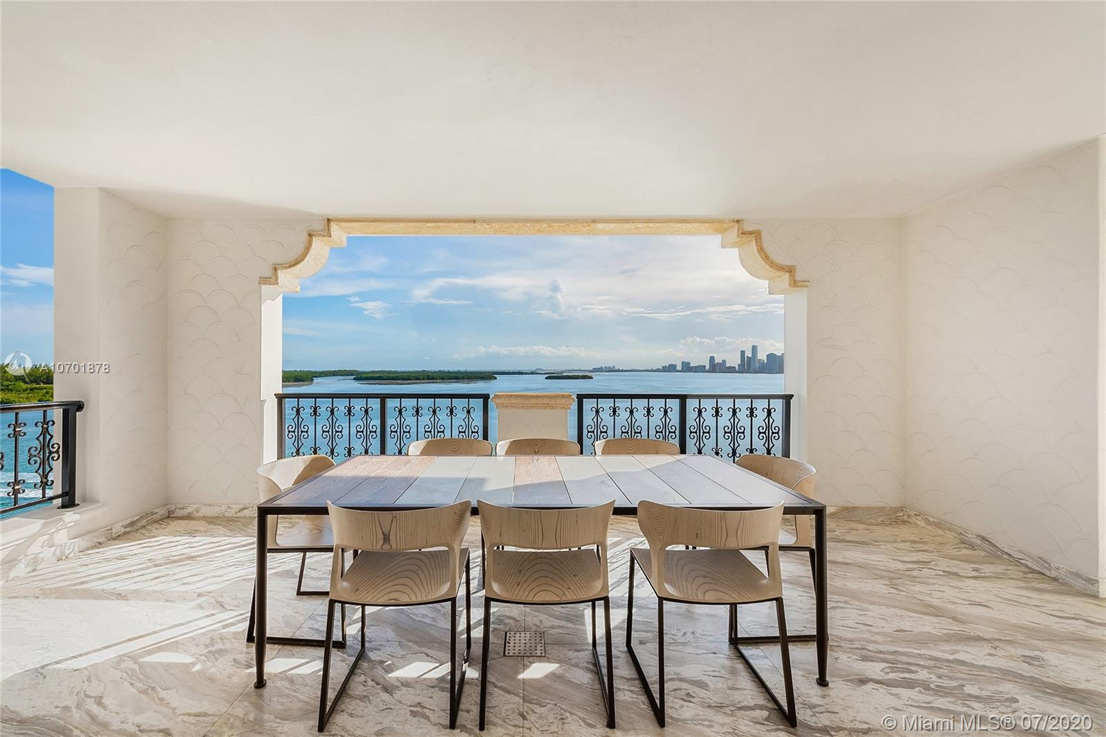 5292 Fisher Island Dr #5292 photo025