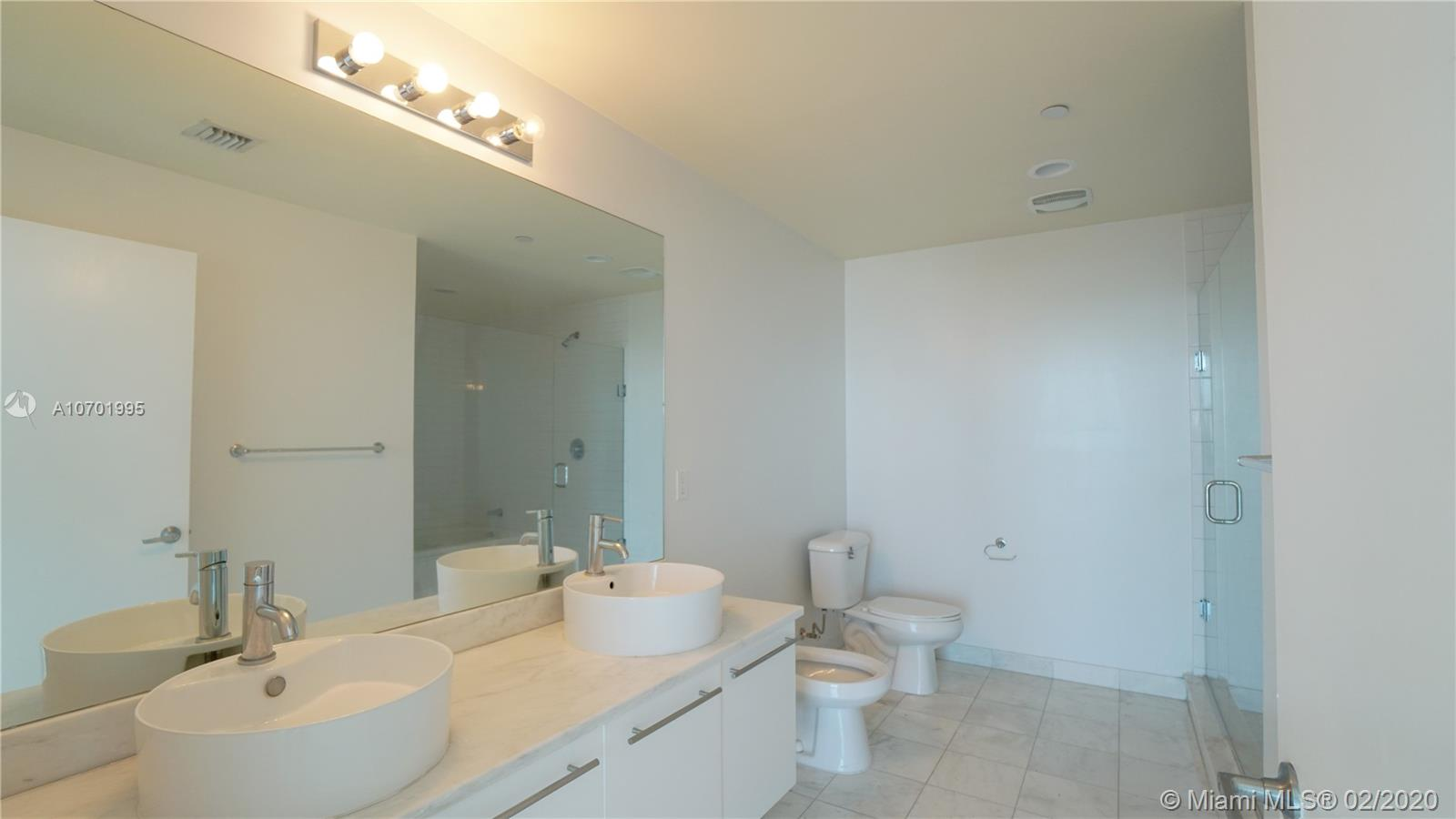 888 Biscayne Blvd #1712 photo021