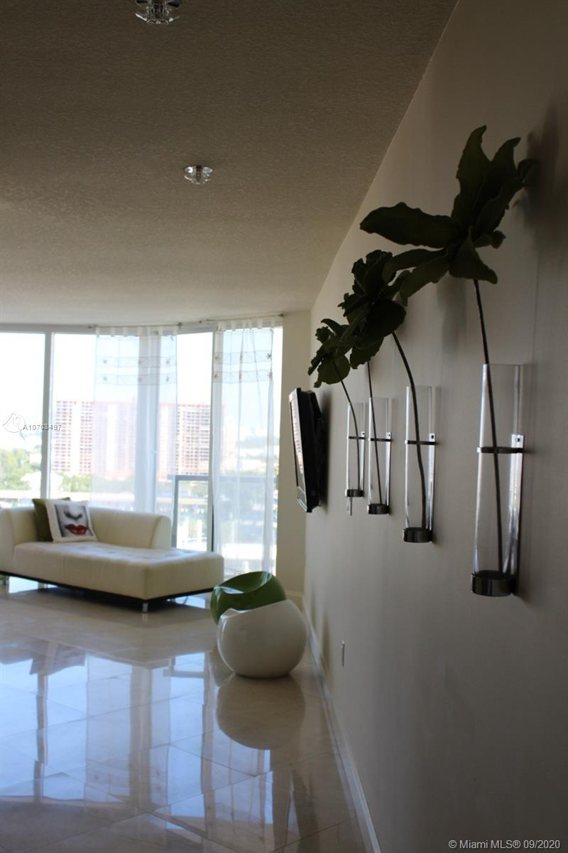 16699 Collins Ave #1607 photo08