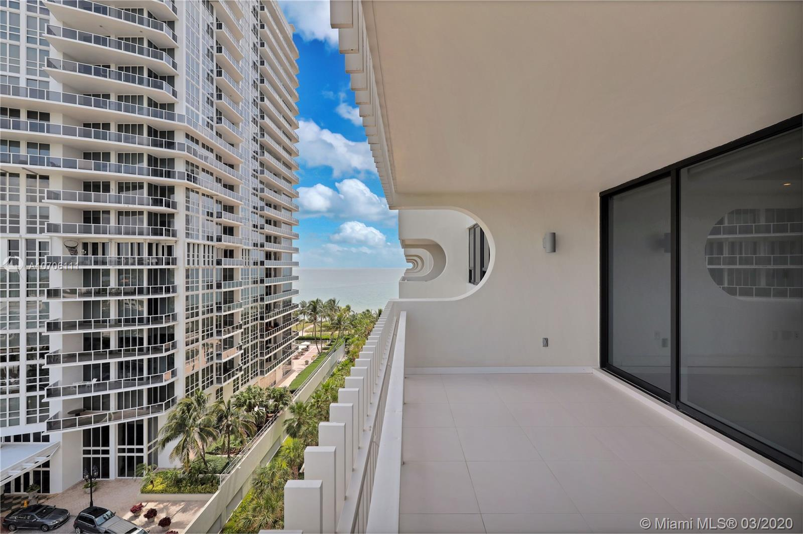 10205 Collins Ave #802 photo024