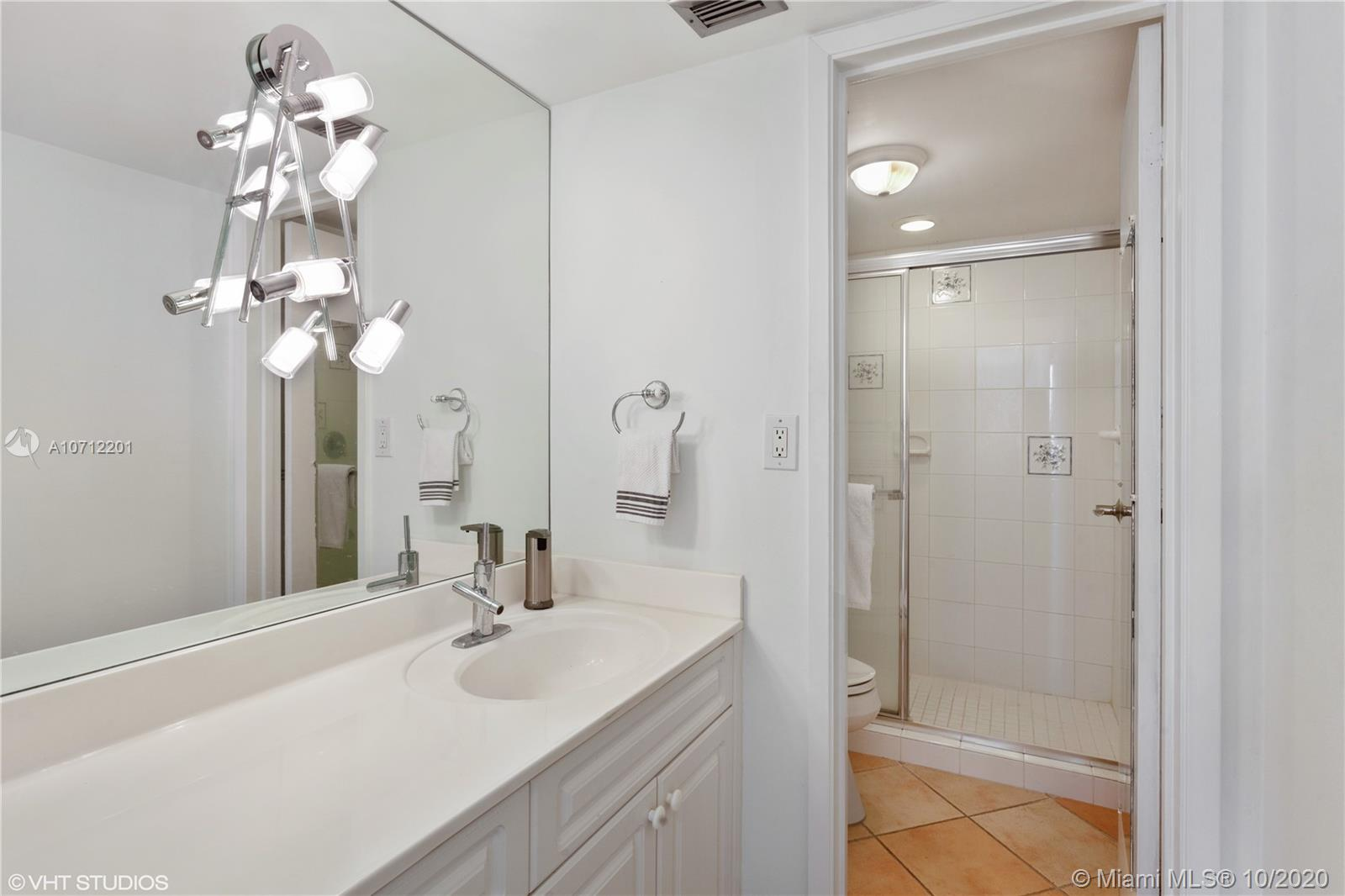 2625 Collins Ave #1506 photo011