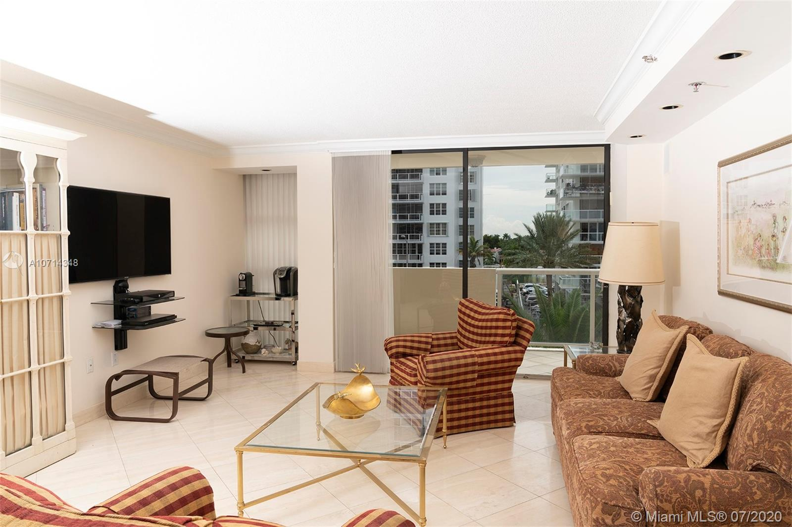 5757 Collins Ave #501 photo09
