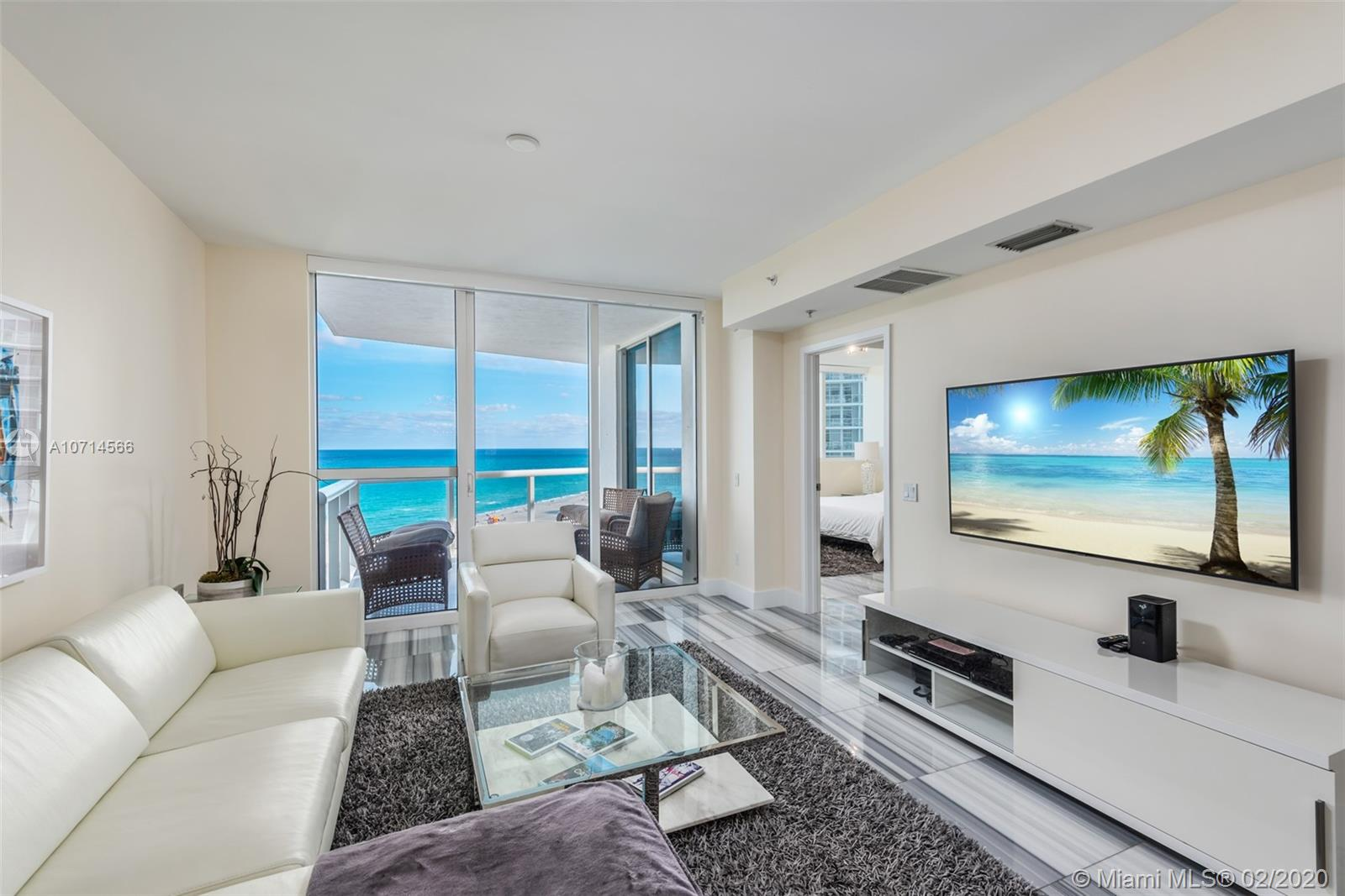 3801 Collins Ave, 1202 - Miami Beach, Florida