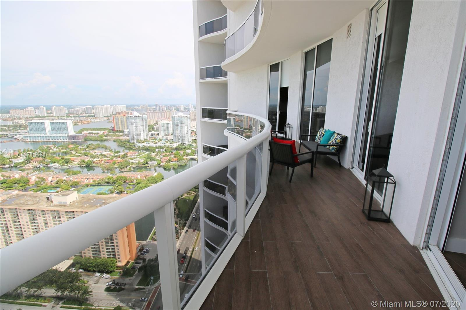 15811 Collins Ave #3705 photo017