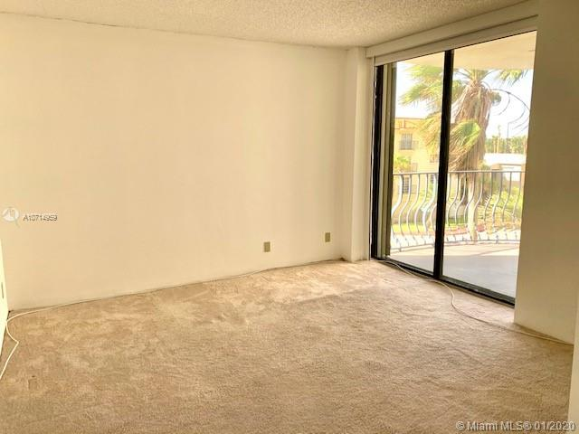 8877 Collins Ave #304 photo013
