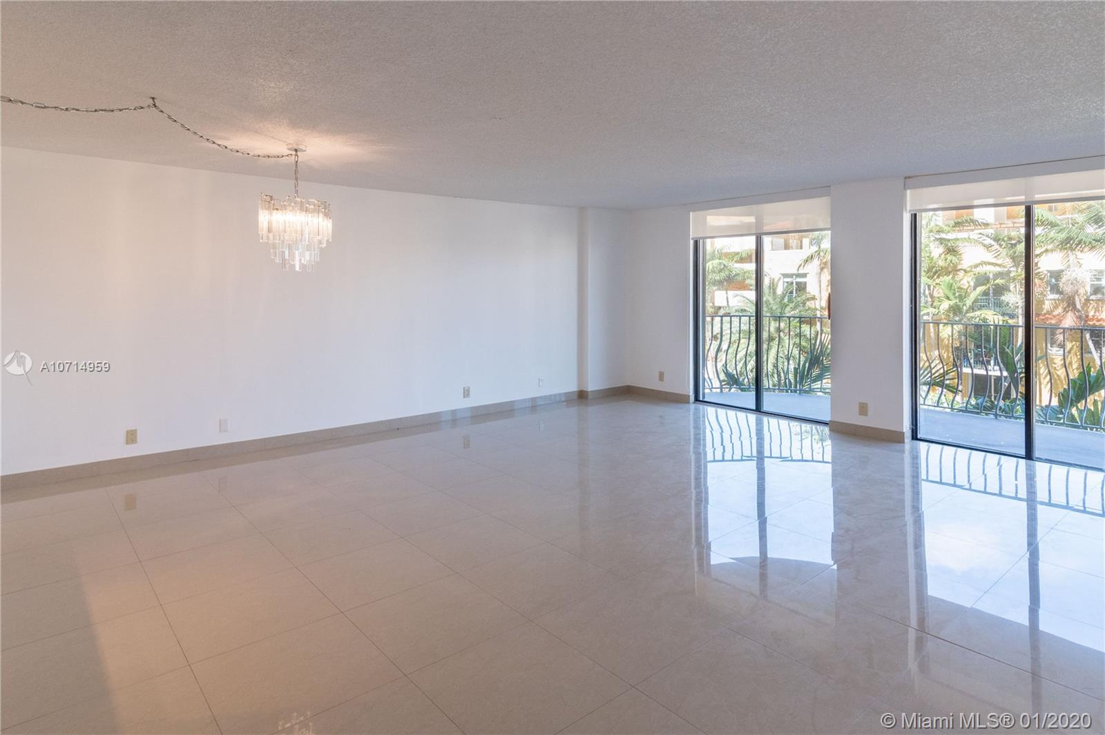 8877 Collins Ave #304 photo09