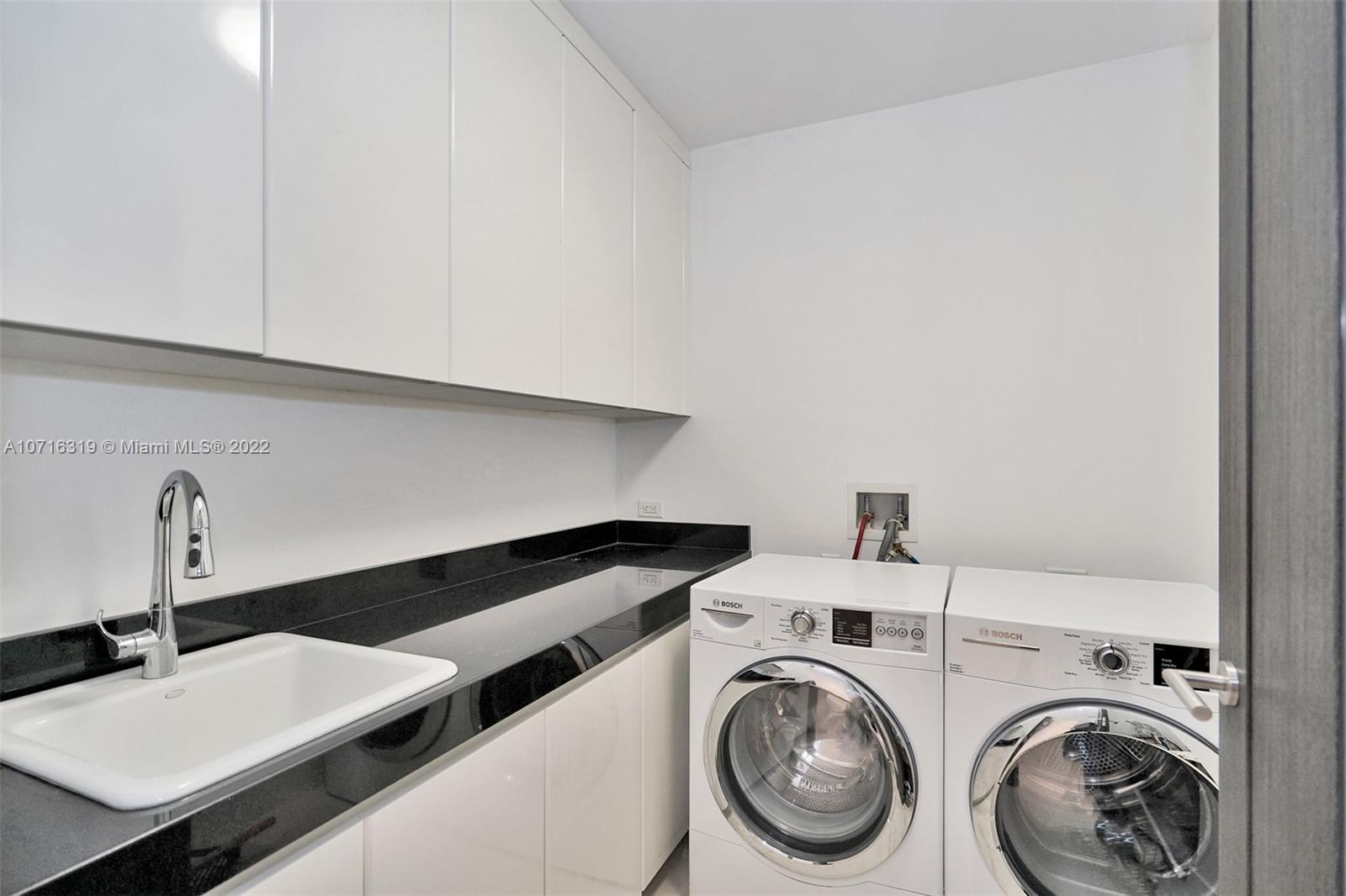 9705 Collins Ave #501N photo040