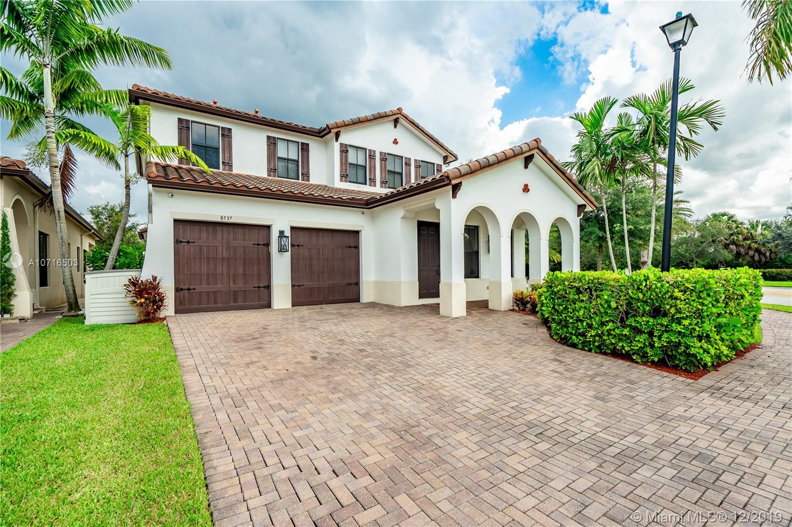 Property for sale at 8537 NW 39th Ct, Cooper City,  Florida 33024