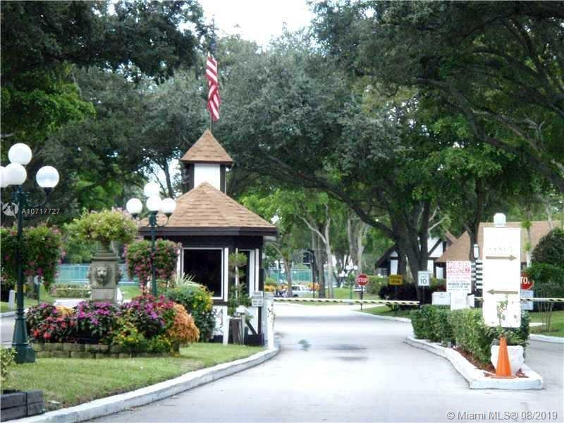 3660 Inverrary Dr, Lauderhill, Florida 33319, ,Commercial Sale,For Sale,3660 Inverrary Dr,A10717727