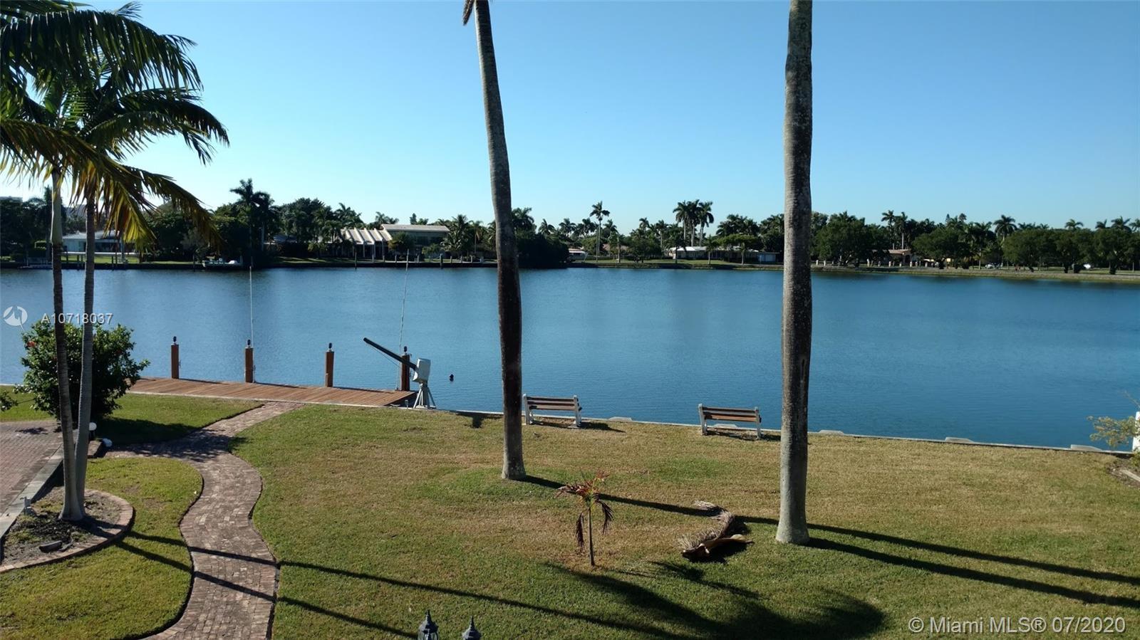 Hollywood Lakes - 1140 N Southlake Dr, Hollywood, FL 33019