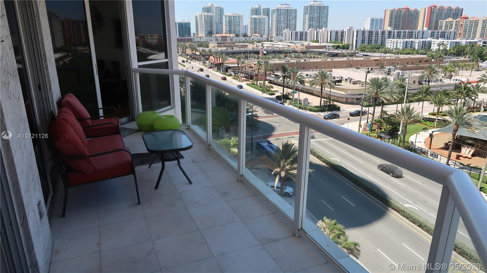17275 Collins Ave #802 photo06