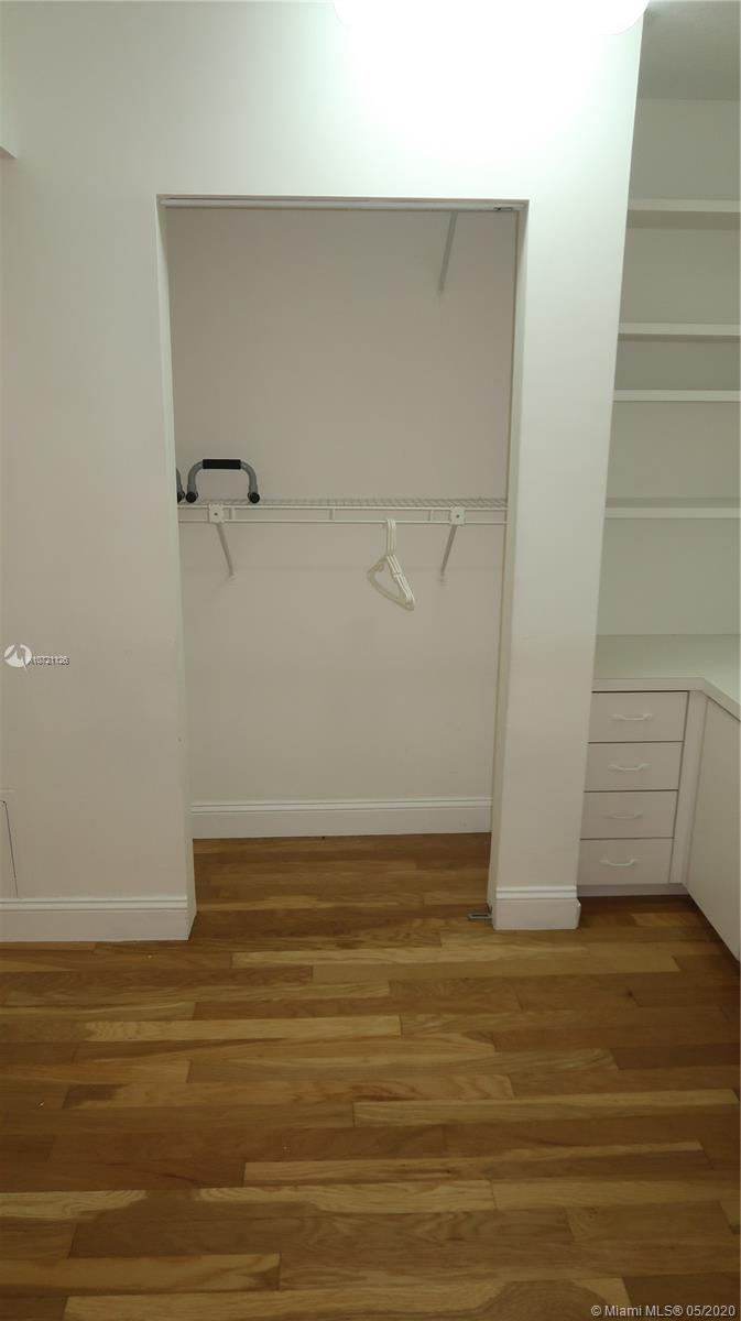 17275 Collins Ave #802 photo022