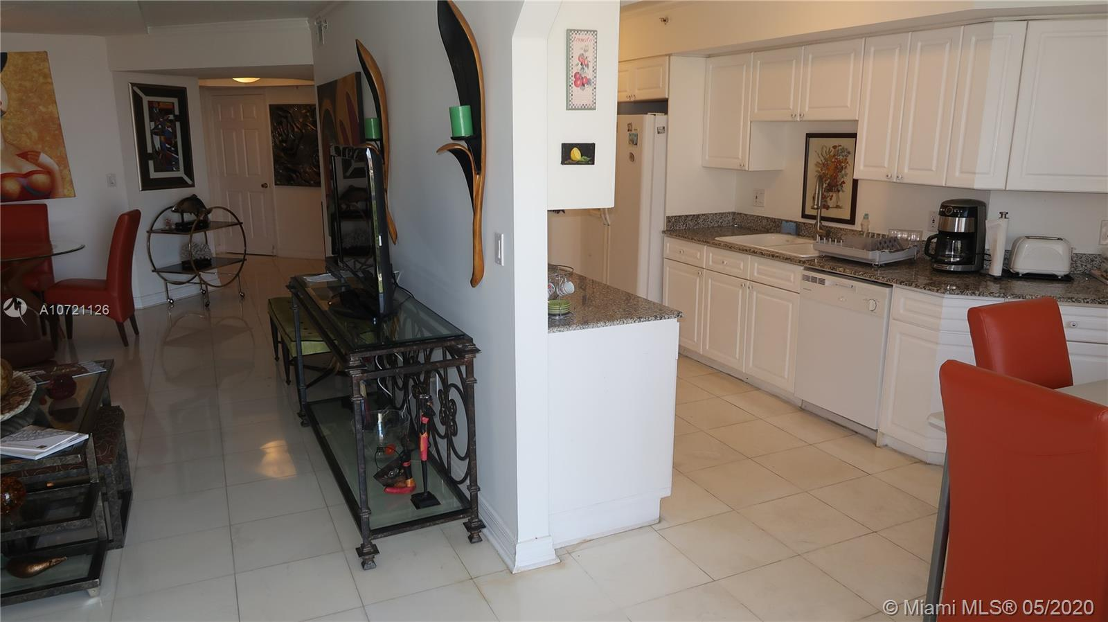 17275 Collins Ave #802 photo014