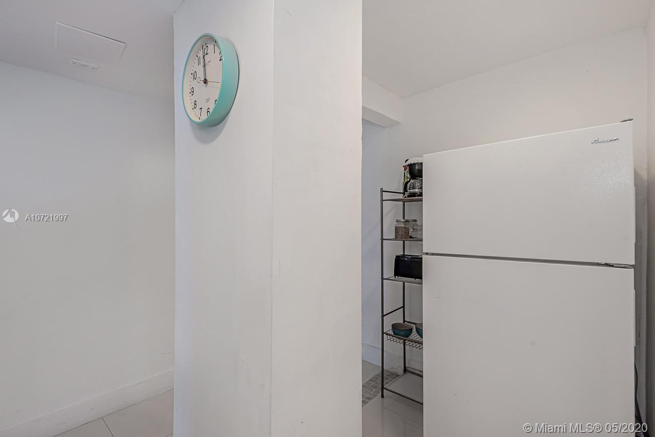 Property 5445 Collins Ave #401 image 11