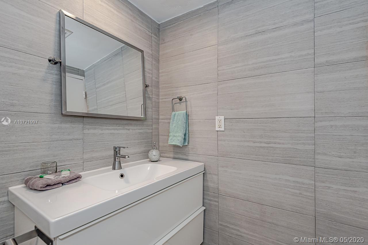 Property 5445 Collins Ave #401 image 9
