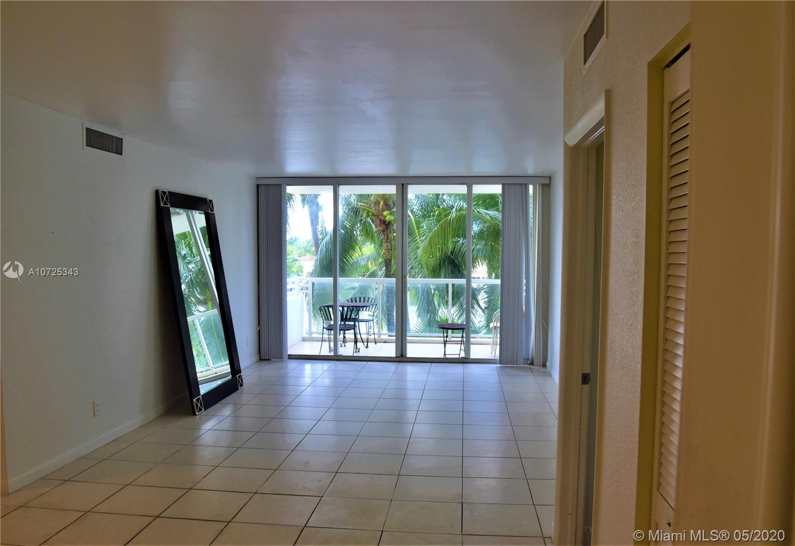 5600 Collins Ave #4M photo013