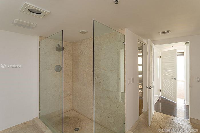 8777 Collins Ave #412 photo023