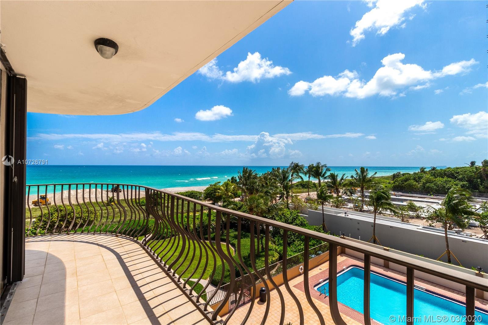 8777 Collins Ave #412 photo032