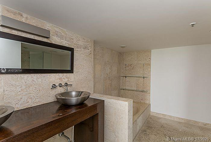 8777 Collins Ave #412 photo021