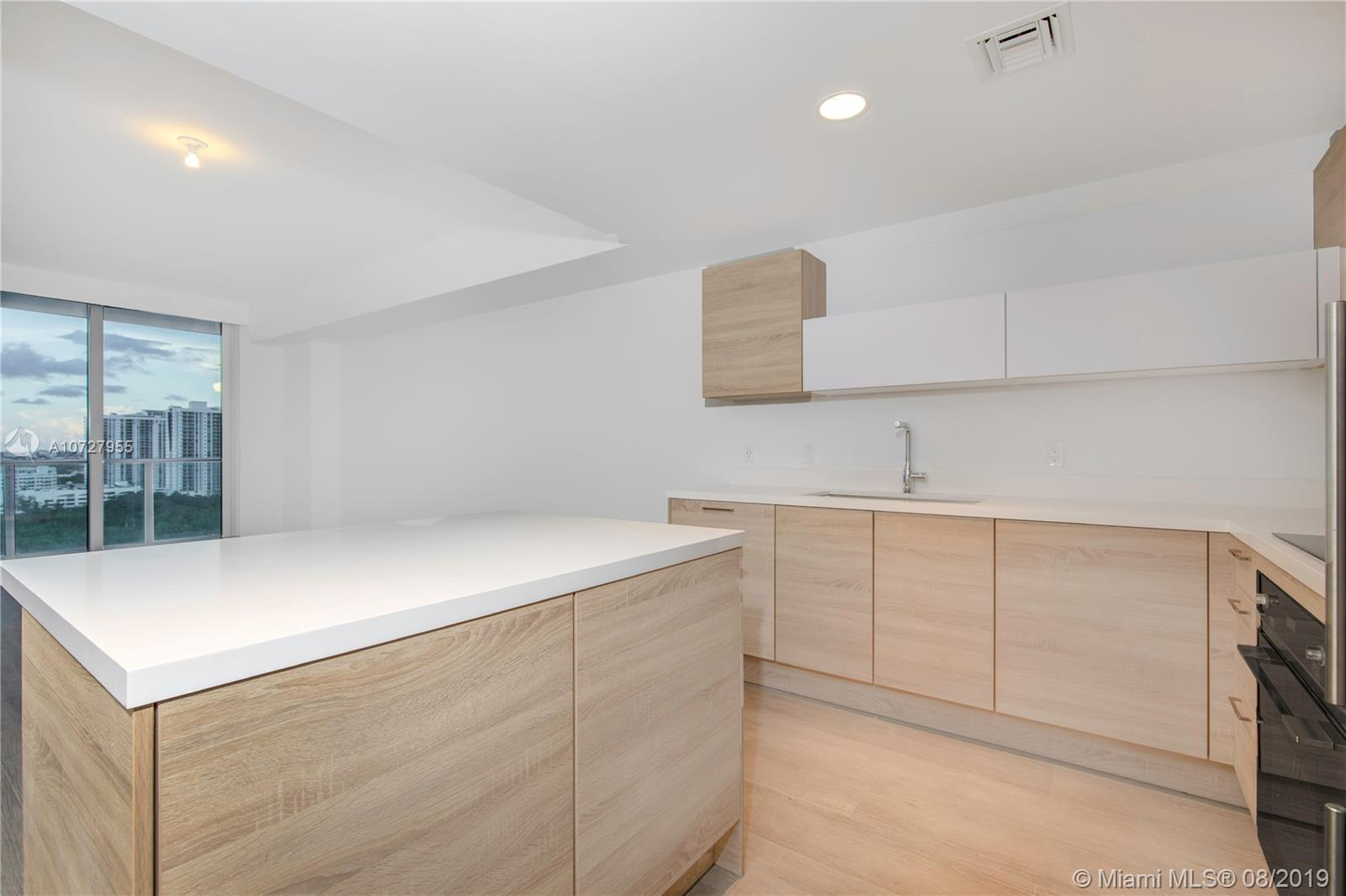 16385 Biscayne Blvd #1602 photo010