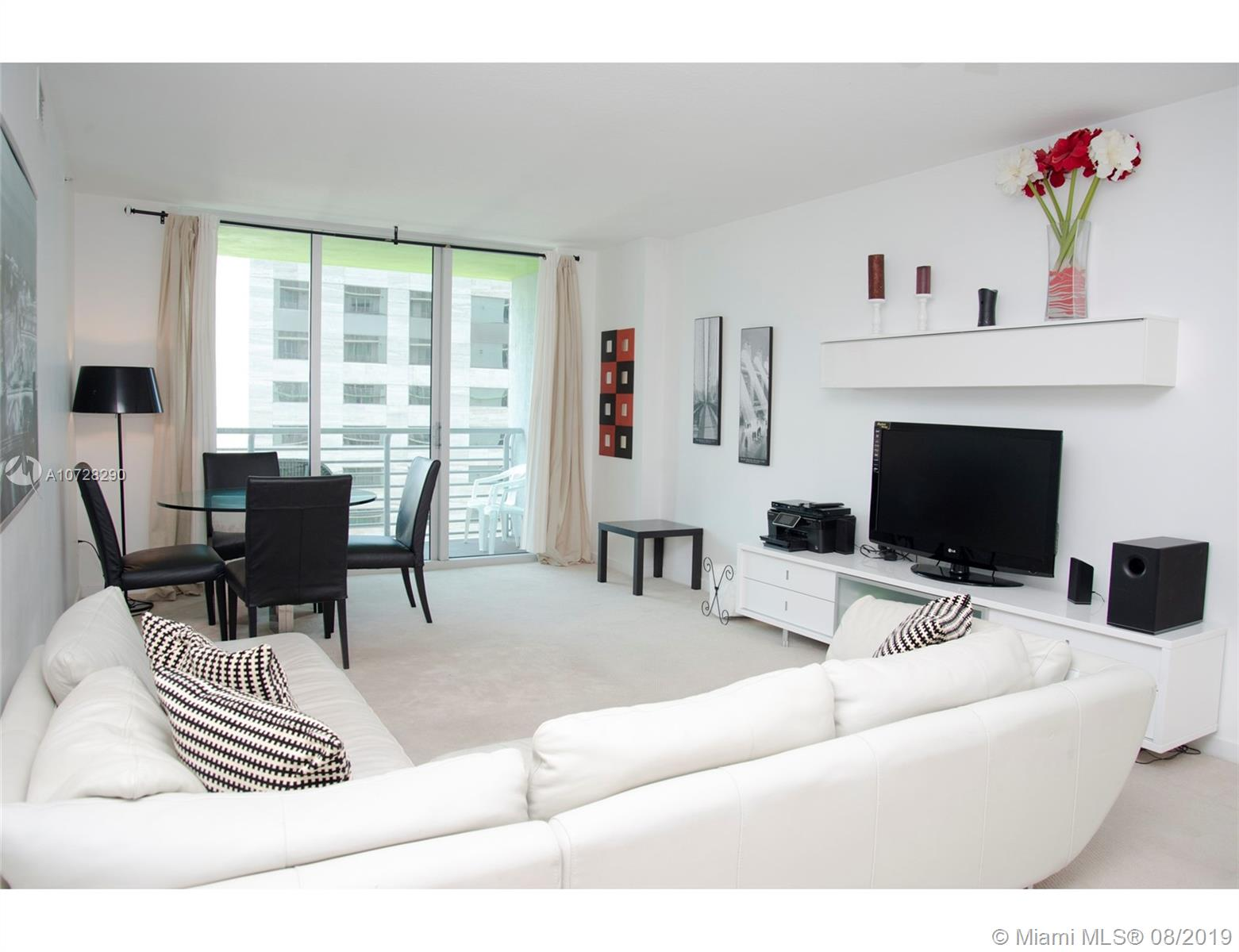 335 S Biscayne Blvd #3300 photo06