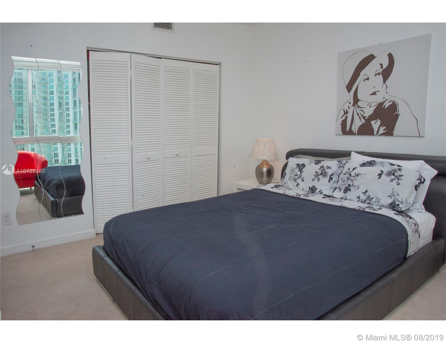 335 S Biscayne Blvd #3300 photo013