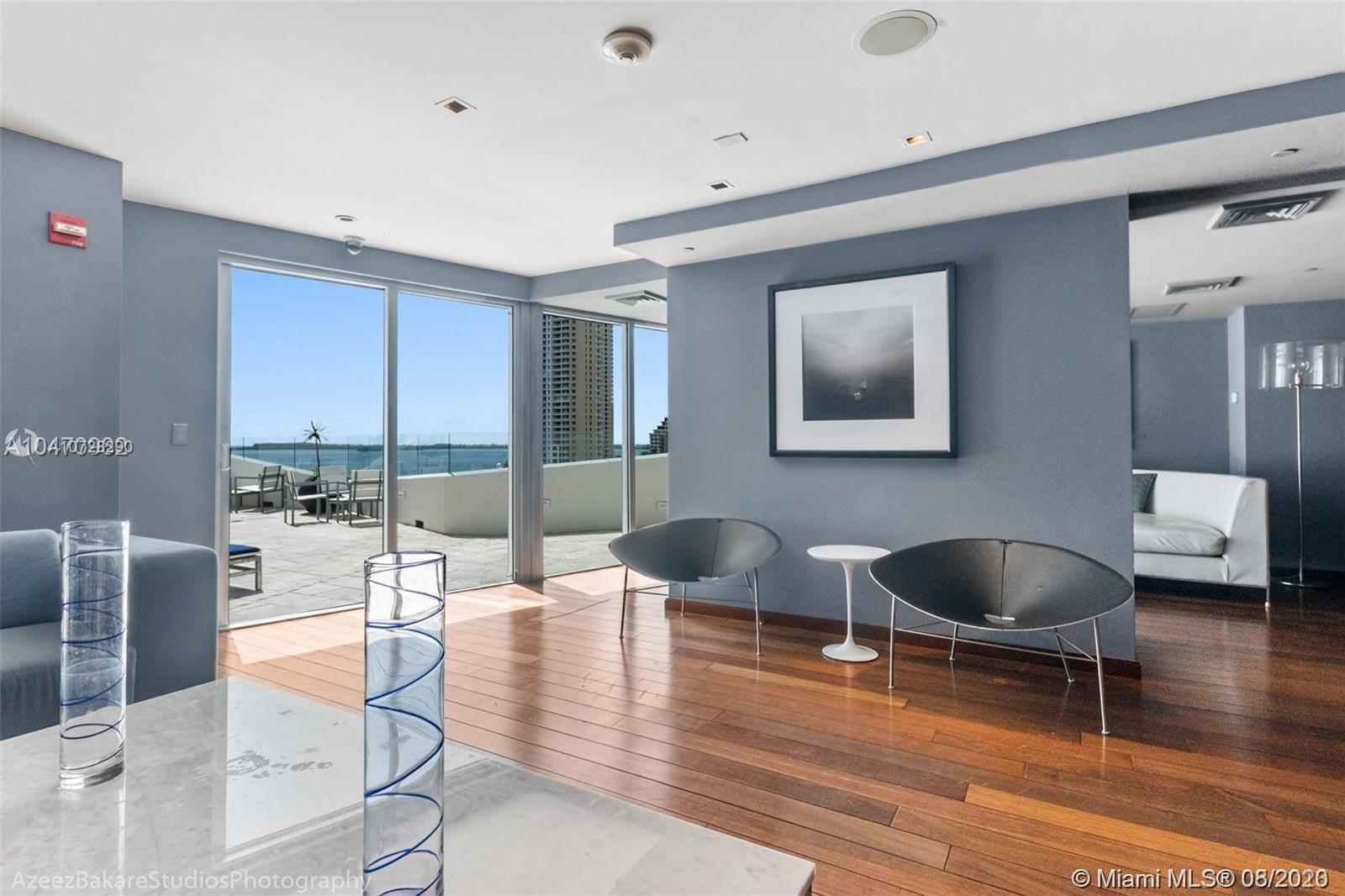 335 S Biscayne Blvd #3300 photo036