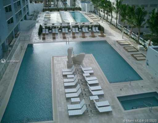 335 S Biscayne Blvd #3300 photo020