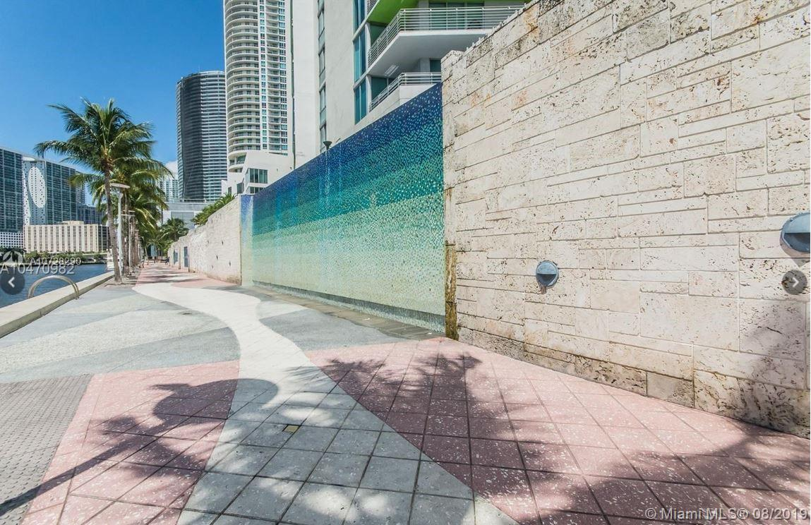 335 S Biscayne Blvd #3300 photo025