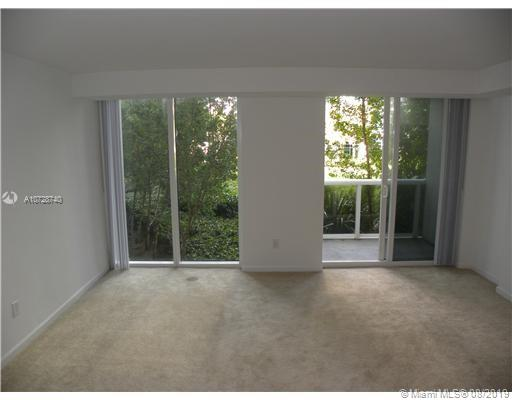 10275 Collins Ave #301 photo04