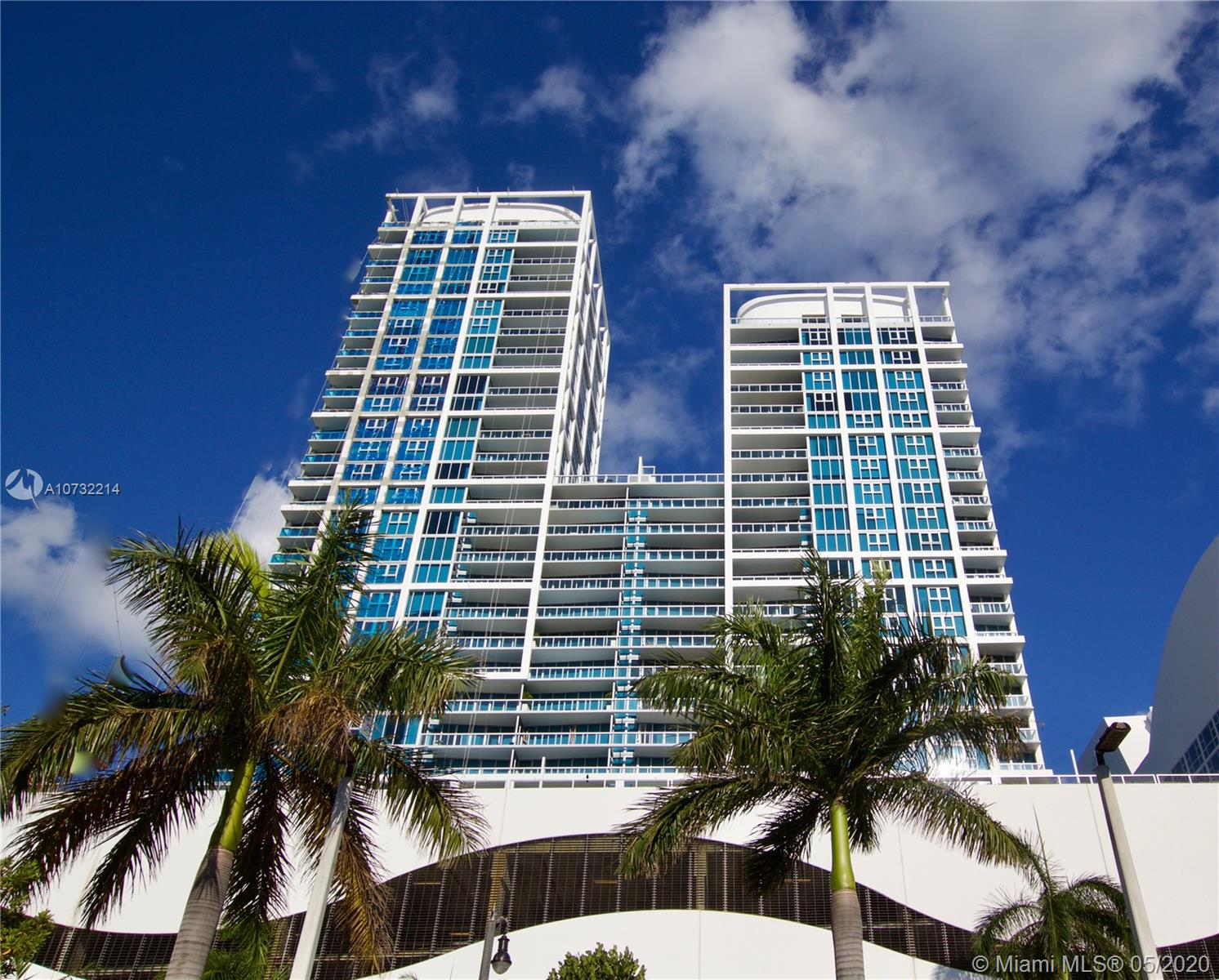 6899 Collins Ave #1403 photo02