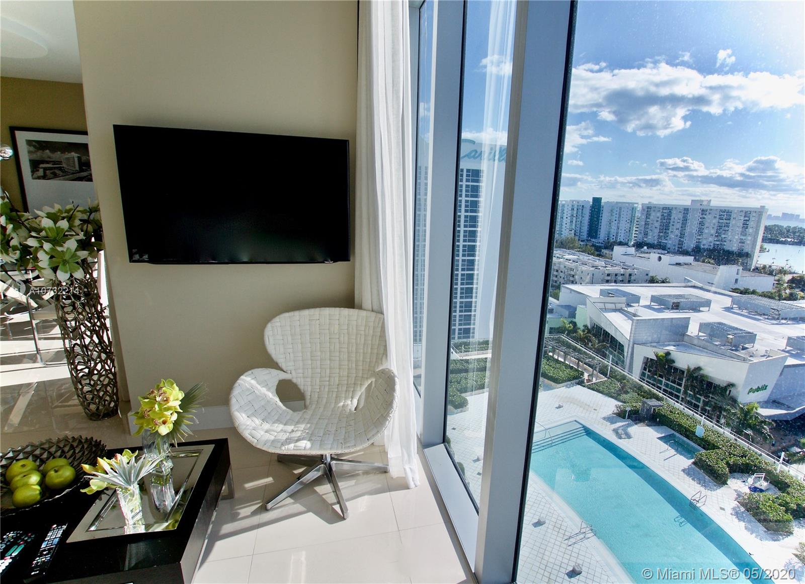 6899 Collins Ave #1403 photo05