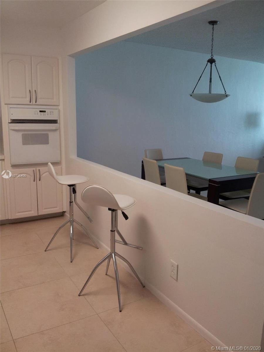 19380 Collins Ave #511 photo03