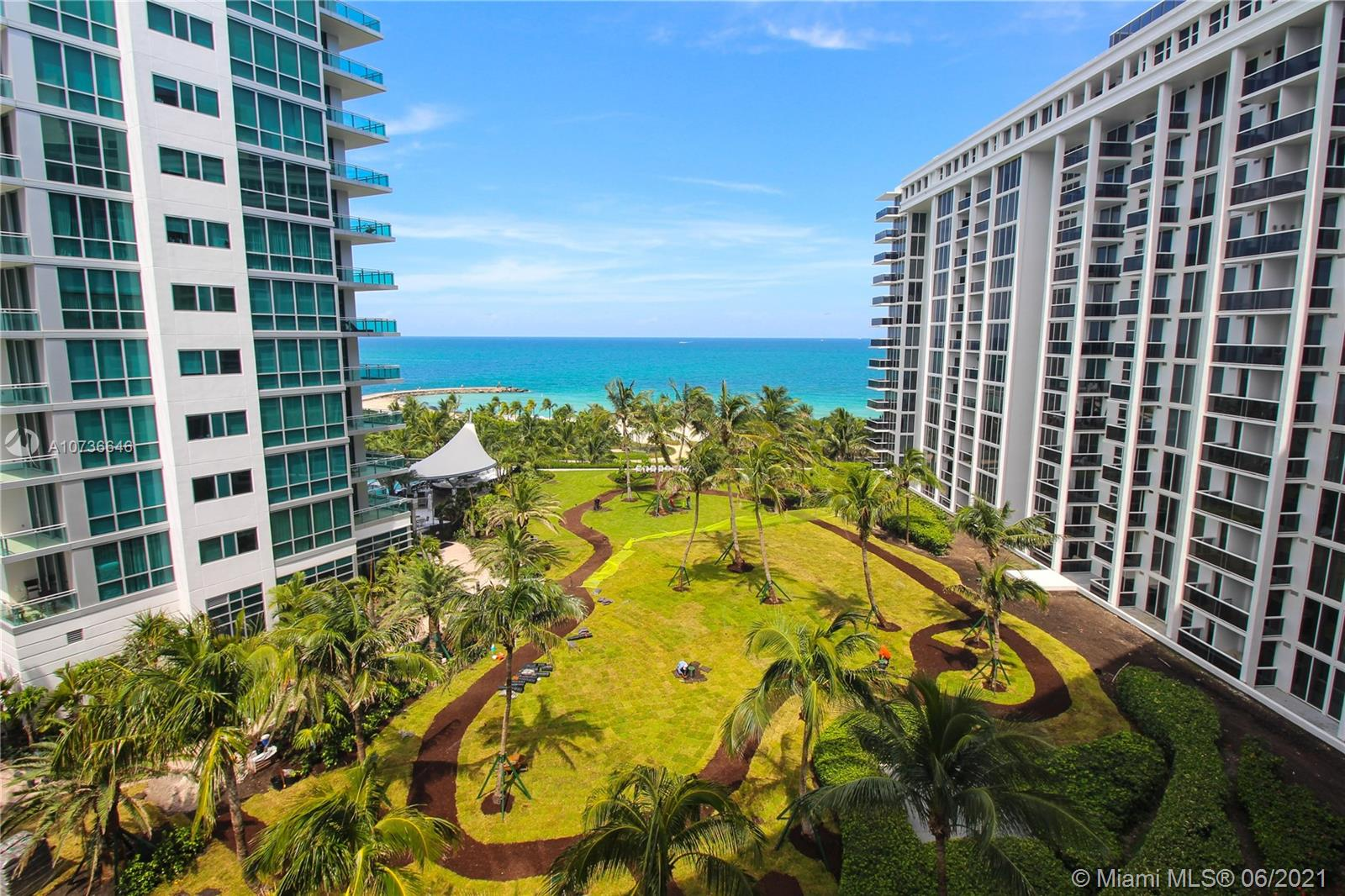 10275 Collins Ave #833 photo02
