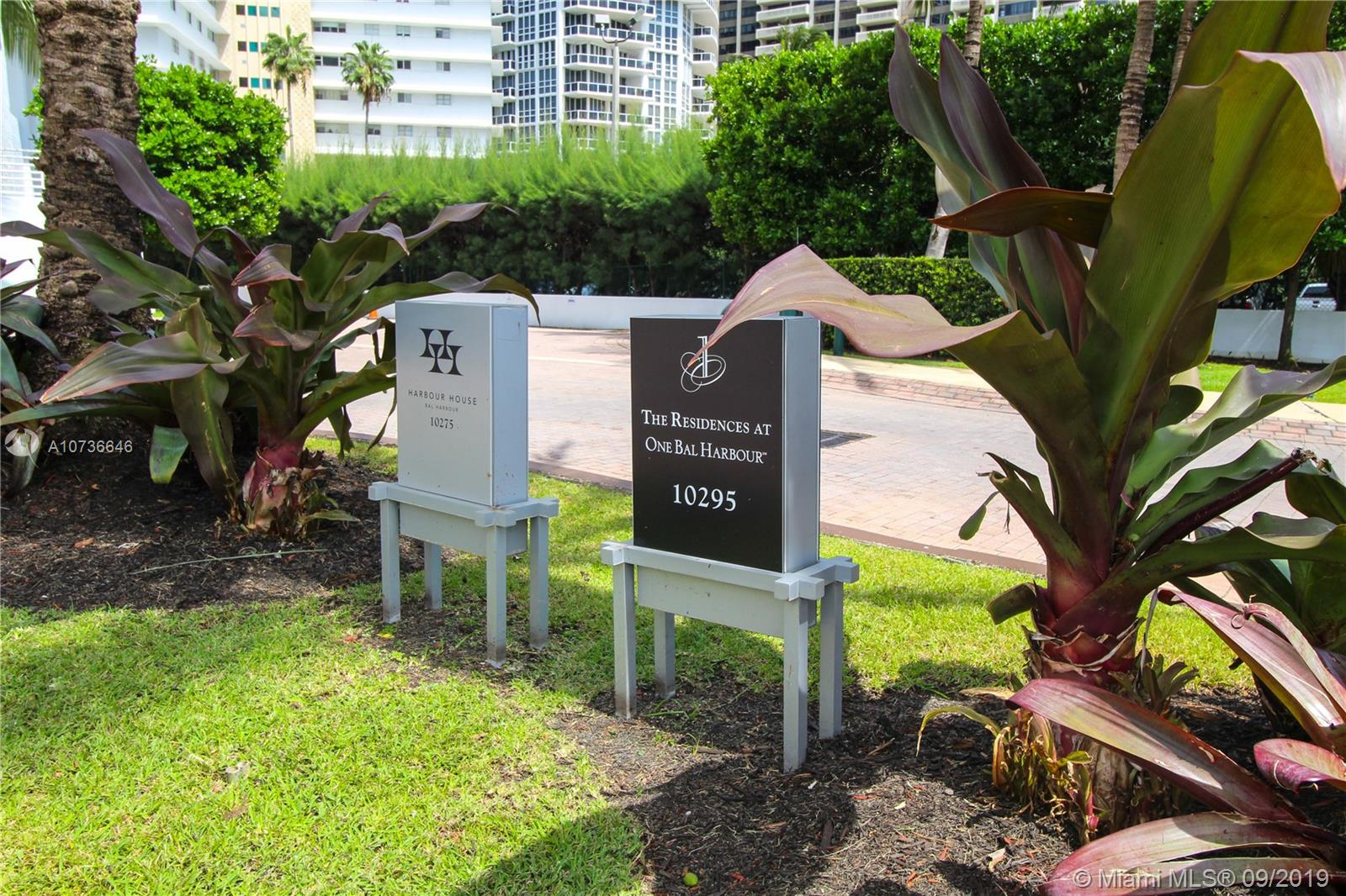 10275 Collins Ave #833 photo016