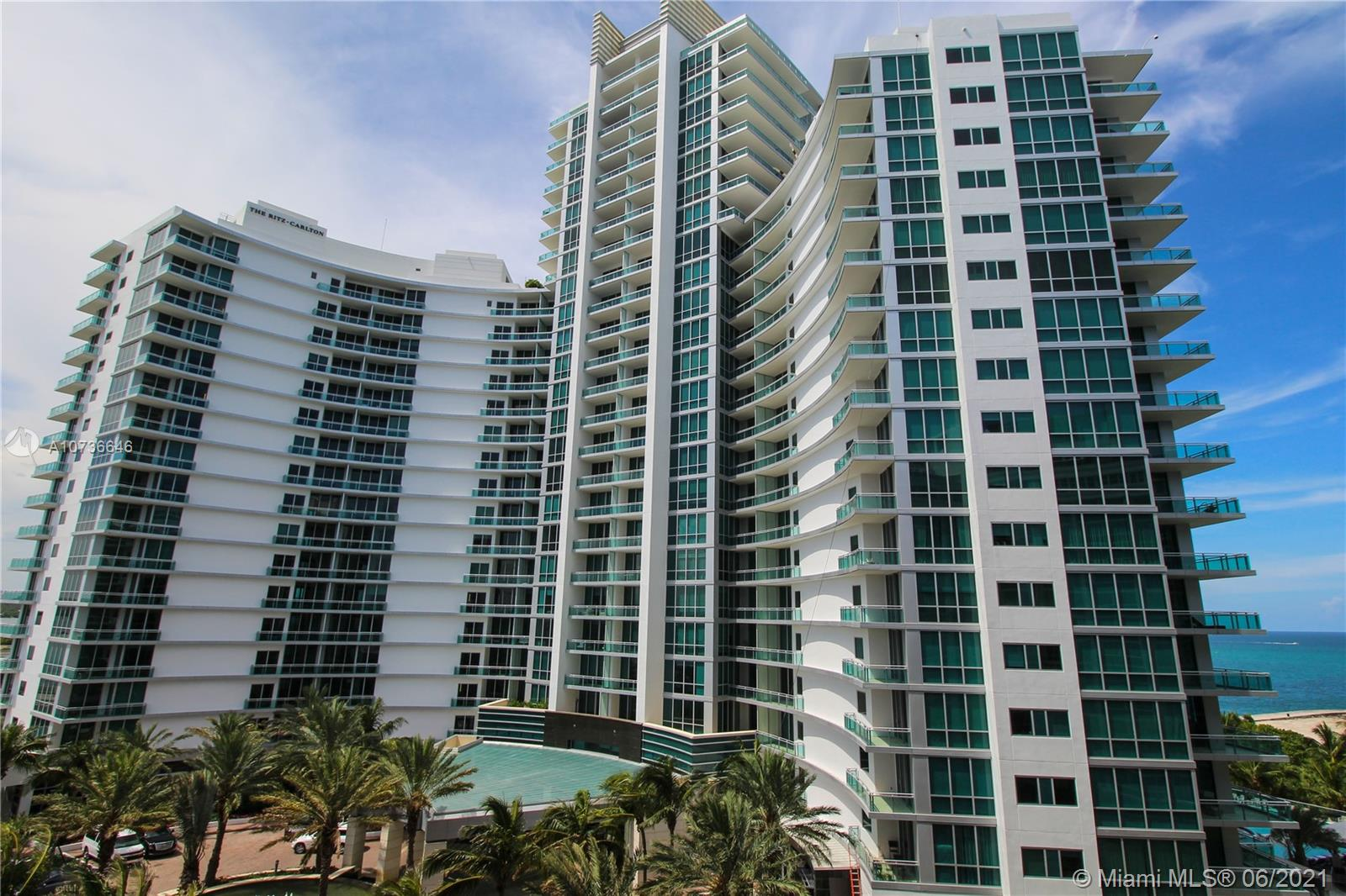 10275 Collins Ave #833 photo026