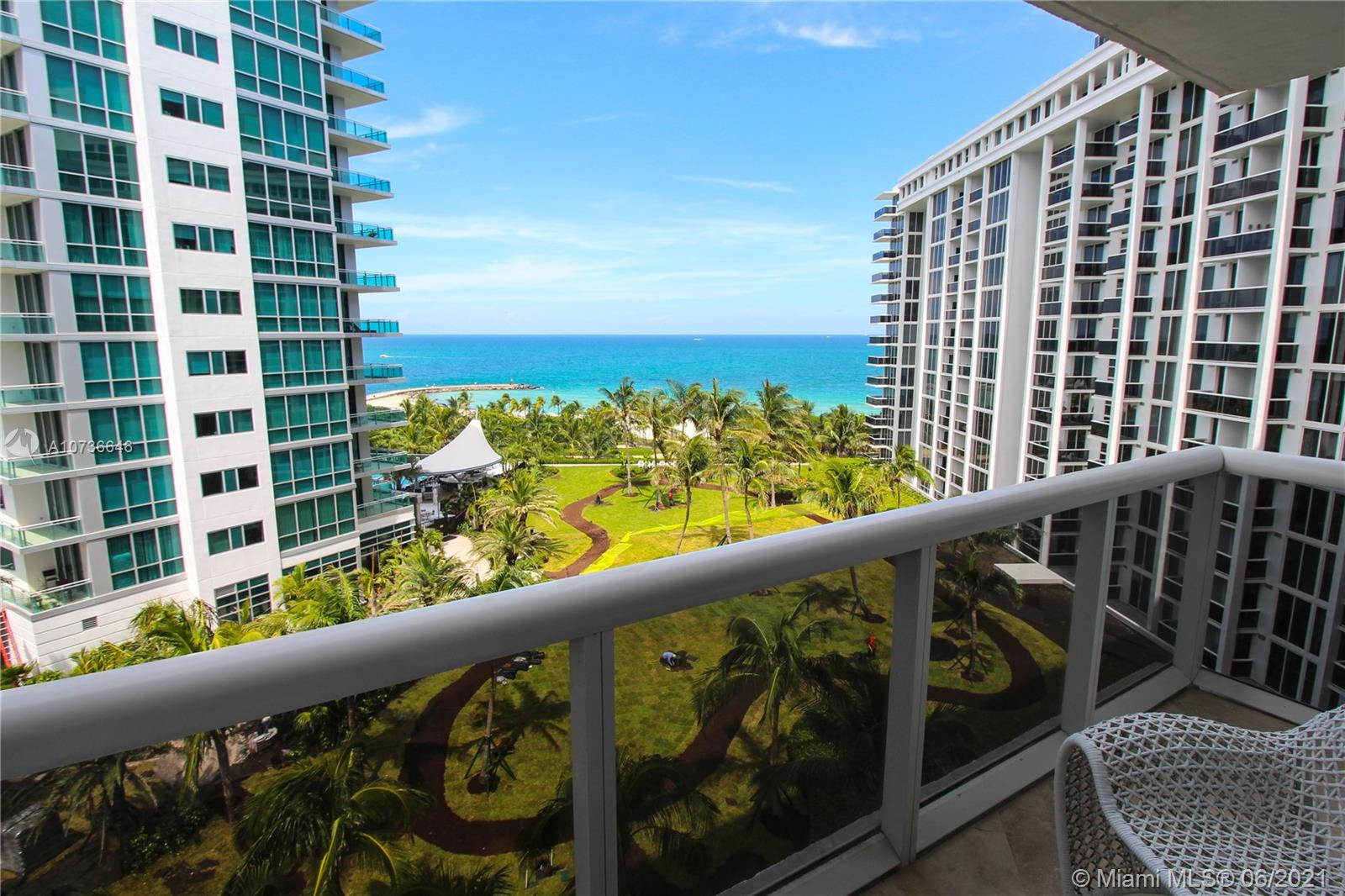 10275 Collins Ave #833 photo03