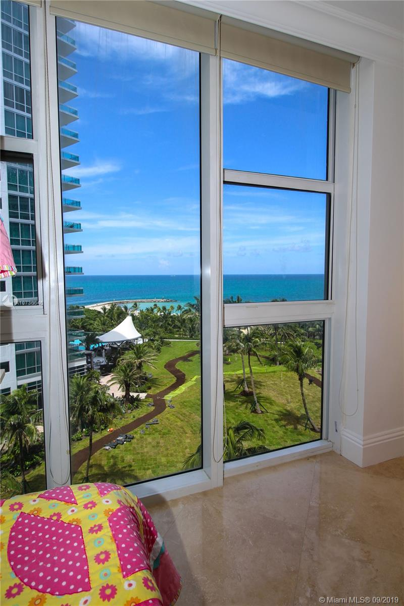 10275 Collins Ave #833 photo038
